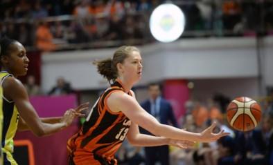 """Emma Meesseman wint """"Belgisch"""" duel van Kim Mestdagh in Euroleague"""