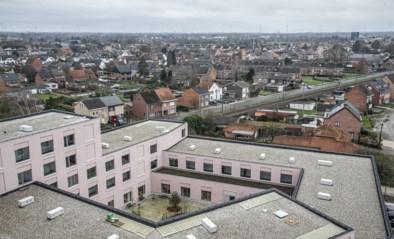 Klein Veldekens verwelkomt eerste bewoner op tiende verdieping van zorgtoren in Geel