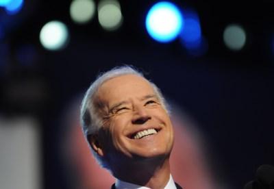 """""""Hij is stokoud, slaperig en dement"""": maar hoe 'sleepy' is Joe Biden echt?"""