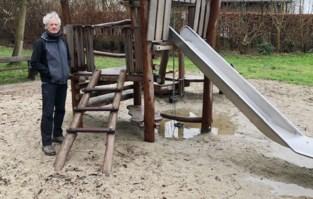 """Groen klaagt toegankelijkheid van speelpleinen aan: """"Onze stad heeft geen enkel speeltuig dat geschikt is voor kinderen met een beperking"""""""