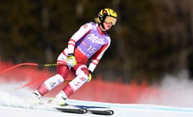 Oostenrijkse skiester Nina Ortlieb loopt zware knieblessure op