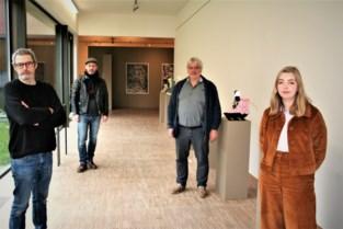 """Studenten stellen eindwerken tentoon in Zwijgershoek: """"Van de nood een deugd gemaakt"""""""