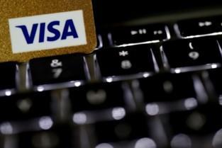 Gestolen Visa-kaart kost trio half jaar cel