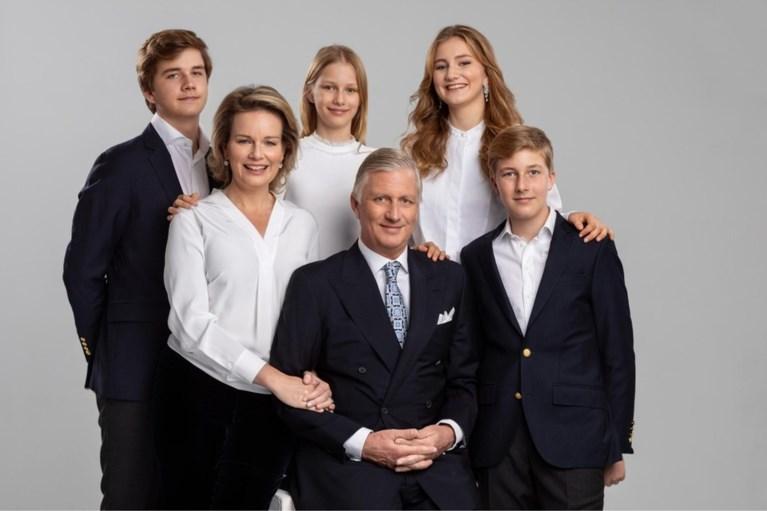 Jarige koningin Mathilde bedankt fans voor de gelukswensen bij portretfoto