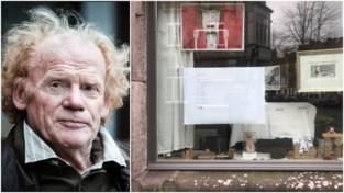 """Dichter Guido Lauwaert (75) hangt poëzie in zijn étalage: """"Het zorgt voor boeiende gesprekken"""""""