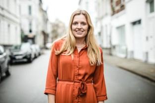 """Cécile verloor haar beide ouders, en brengt nu anderen troost op Instagram: """"Mensen delen hun verhaal met me"""""""