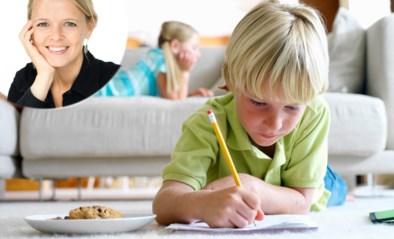 """""""We krijgen onze zoon alleen met een beloning aan zijn schoolwerk"""": onze opvoedingskundige geeft advies"""