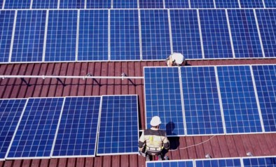 44.000 eigenaars zonnepanelen stellen Vlaamse overheid in gebreke