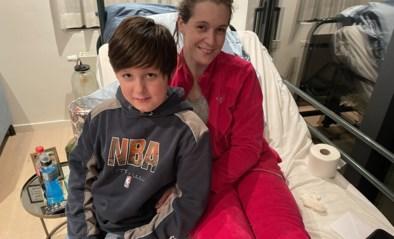 """Jong gezin herstelt na zwaar ongeval: """"Er ging maar één iets door mijn hoofd, René (4) uit de wagen halen en dan kan ik sterven"""""""