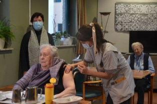 Opluchting nu vaccinatie kan starten in zwaar getroffen woon-zorgcentrum