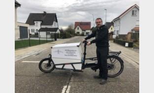 """Willem zegt job als consultant vaarwel en wordt fietshersteller aan huis: """"Fietsen repareren geeft mij innerlijke rust"""""""