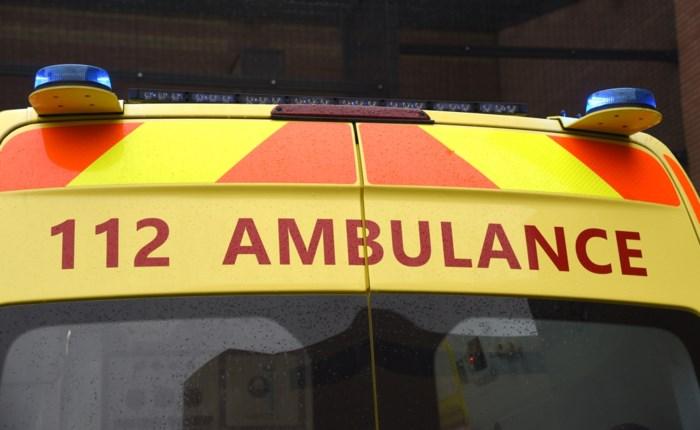 Fietsster gewond na botsing met auto