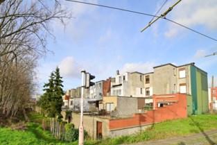 Antwerpen wil tientallen eigenaars in Deurne uitkopen voor plannen Oosterweel