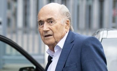 Ex-FIFA-voorzitter Sepp Blatter lag week in kunstmatig coma, maar heeft intensieve zorgen verlaten