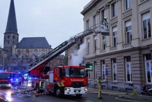 Pool (31) aangehouden voor opzettelijke brandstichting in pand aan Vlasmarkt