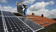 Hoe tienduizenden gezinnen, maar ook bedrijven én ministers zich doorheen de jaren verbrandden aan zonnepanelen