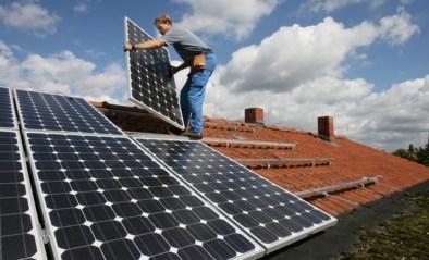 Hoe iedereen zich al jaren aan zonnepanelen verbrandt, de belastingbetaler op kop