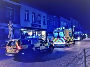 Man onwel in winkelstraat, in kritieke toestand overgebracht naar ziekenhuis