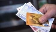 Buurvrouw steelt meer dan duizend euro van bejaarde dame