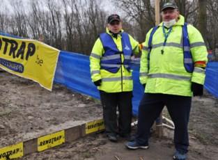 """Flandriencross zonder publiek, maar vrijwilligers zijn op post: """"Geen signaalgevers, geen cross"""""""