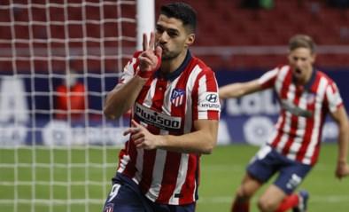 Atlético Madrid wint dankzij treffer jarige Luis Suarez al zevende wedstrijd op rij en staat zo nog steviger aan de leiding in La Liga