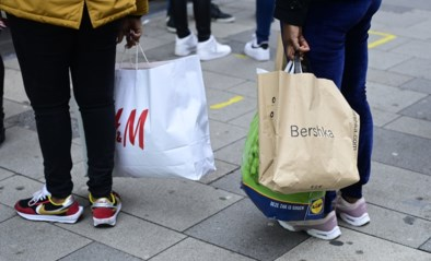 "Enorme drukte in Turnhout door shoppers uit Nederland: ""Wat bezielt die mensen?"""