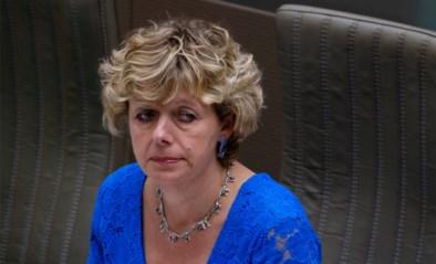 Parlementslid maakt zich zorgen om beperkt bezoek in woonzorgcentra