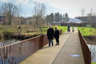 Nieuwe brug verbindt Park Groot Schijn met speelbos
