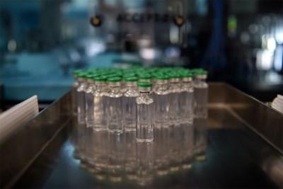 Franse en Amerikaanse vaccinmakers stoppen met hun onderzoek, maar geven niet helemaal op