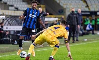 Club Brugge bijna verlost van Emmanuel Dennis! Aanvaller legt medische tests af bij Bundesligaclub Keulen dat hem wil huren