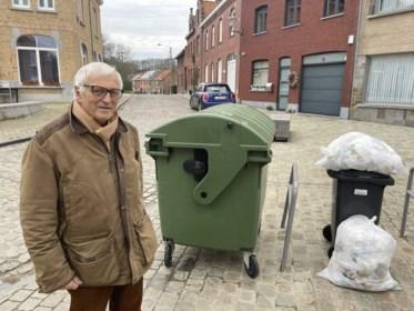 """Hier gooi je maar beter geen afval op straat: """"Al is het 'maar' één blikje, je riskeert een boete van 250 euro"""""""