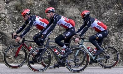 """Tim Wellens stelt zijn nieuwe fiets voor, met opvallend """"negatieve"""" stuurpen"""