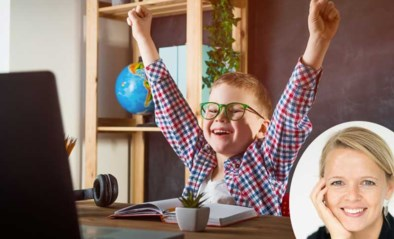 """""""We krijgen onze zoon alleen met een beloning aan zijn schoolwerk"""": onze opvoedingsdeskundige Eva geeft raad"""