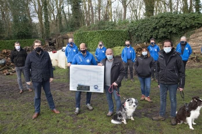"""Nieuw clubhuis voor Brugse IJsberen: """"Nu kunnen we voor we gaan zwemmen, opwarmen in het bos"""""""