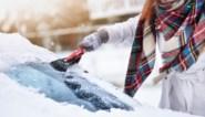 Vrouw gebruikt simpel trucje om geen bevroren autoruit te hebben 's ochtends