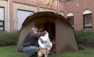 Koppel dat kampeerde in tentje aan OCMW-gebouw heeft opnieuw dak boven het hoofd dankzij reportage