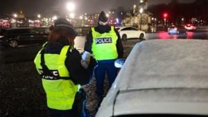 """Eerste collectieve actie tegen Franse staat rond """"discriminerende identiteitscontroles"""""""