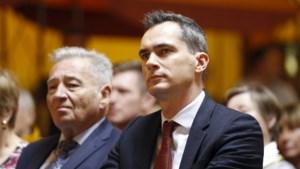 Lorin Parys bekent als eerste kleur: kan hij de strijd om het ondervoorzitterschap van N-VA winnen van Theo Francken?
