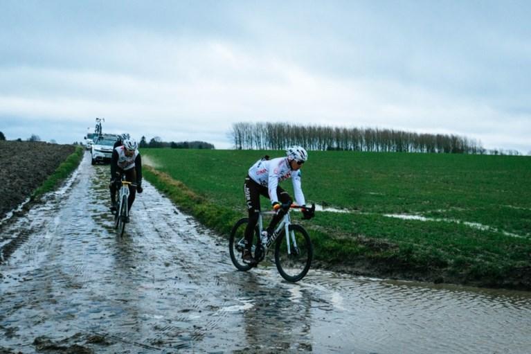 """Oliver Naesen en Greg Van Avermaet zijn al aan hun voorbereiding op Parijs-Roubaix begonnen: """"Goede test op natte kasseien"""""""