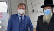 Opperrabbijn laat zich samen met Bart De Wever testen als signaal naar gemeenschap