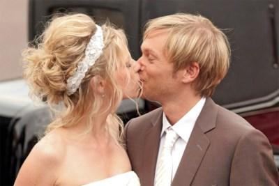 Van een 'royal wedding' tot de plotse breuk: het verhaal van Regi en Elke, een van Vlaanderens stabielste showbizzkoppels