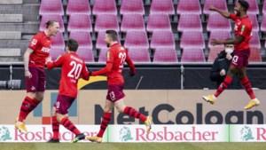 Geslaagd debuut voor Emmanuel Dennis, die met FC Keulen belangrijk degradatieduel wint