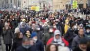 10.000 Oostenrijkers betogen tegen coronabeperkingen ondanks verbod
