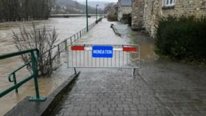 Vijf wandelaars raken ingesloten door hoog water in Esneux
