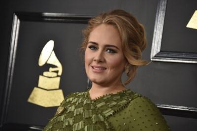 Waarover moet Adele nu zingen? Contract met ex verbiedt nieuwe nummers over hun relatie