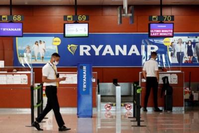 Voorgoed gedaan met goedkoop vliegen? Ryanair boekt grootste verlies ooit, experts voelen de bui al hangen