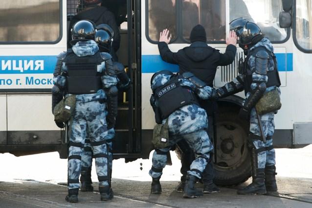 Verschillende arrestaties aan gerechtsgebouw voor start van proces tegen Navalny