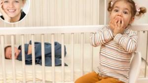 """""""Mijn dochtertje is te bezorgd over haar babybroertje"""": relatiedeskundige geeft advies"""