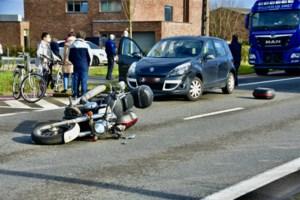 Steenweg op Blaasveld meer dan 2 uur afgesloten na ongeval met motorrijder