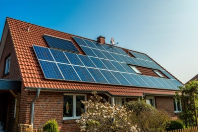 Nieuwe regeling zonnepanelen kost je ruim 220 euro per jaar: bereken hier hoeveel je extra moet betalen